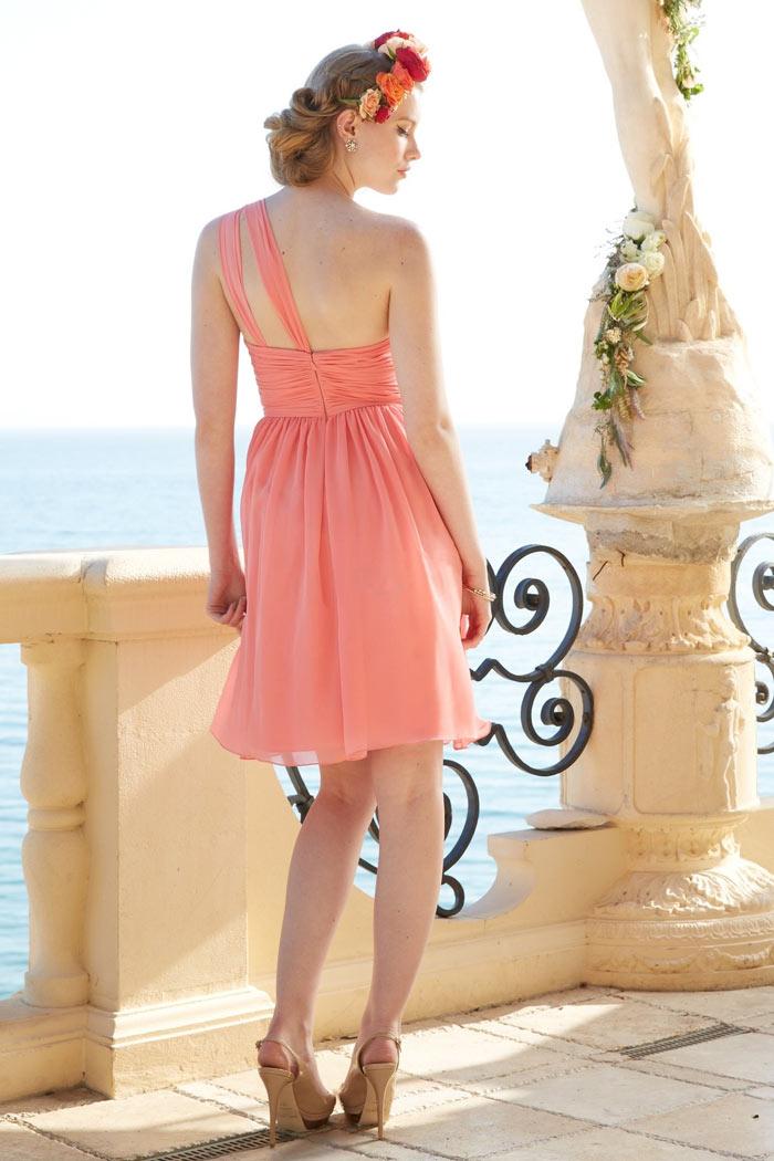 robe corail courte asymétrique dos nu pour mariage d'été