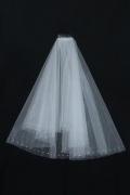 Einschichtig Ellenbogenlang Oval Hochzeit Schleier mit Perlenbesetzer