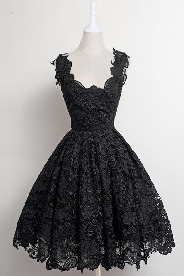 Romantique robe courte en dentelle rose de bal