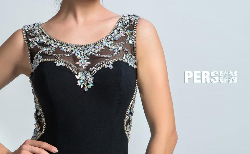 Robe noire chic soirée col illusion brodée de bijoux pas cher