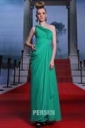 Robe soirée verte à encolure asymétrique
