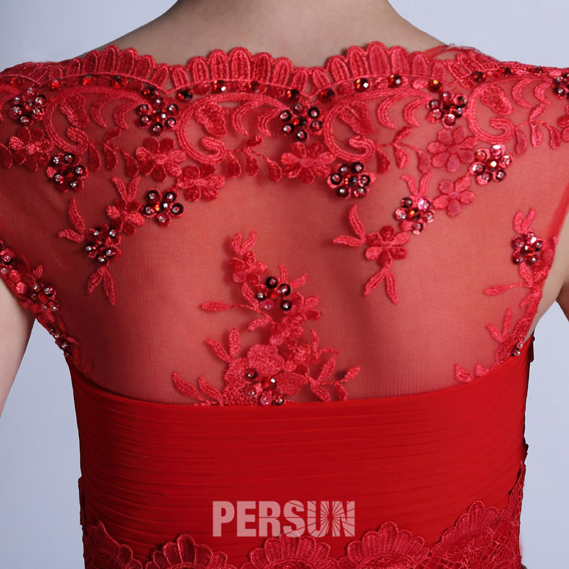 robe rouge dos embellie de sequins & dentelle