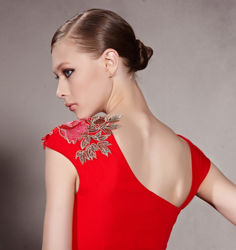 robe soirée brodée élégante