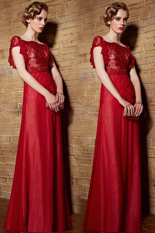 Robe rouge à manches froufrous en dentelle vintage