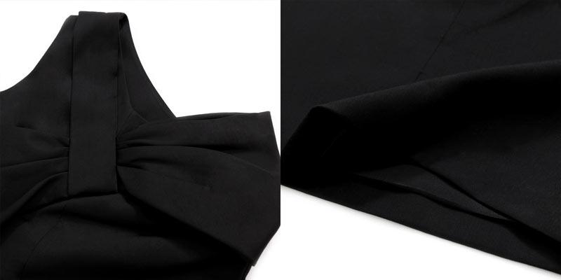 Grand nœud papillon à petite robe noire