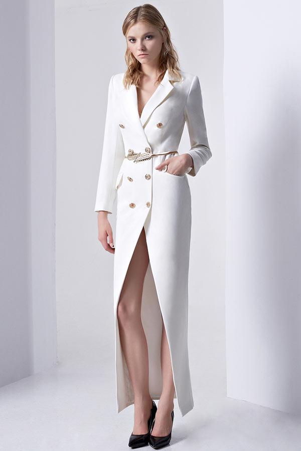 robe chemisier moderne blanche évasée à manche longue pour mariée
