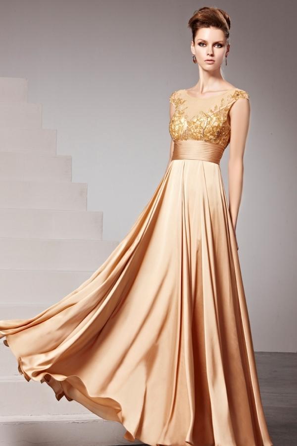 Robe champagne chic empire ornée de bijoux à mancherons - Persun.fr 61f1c2f4b999