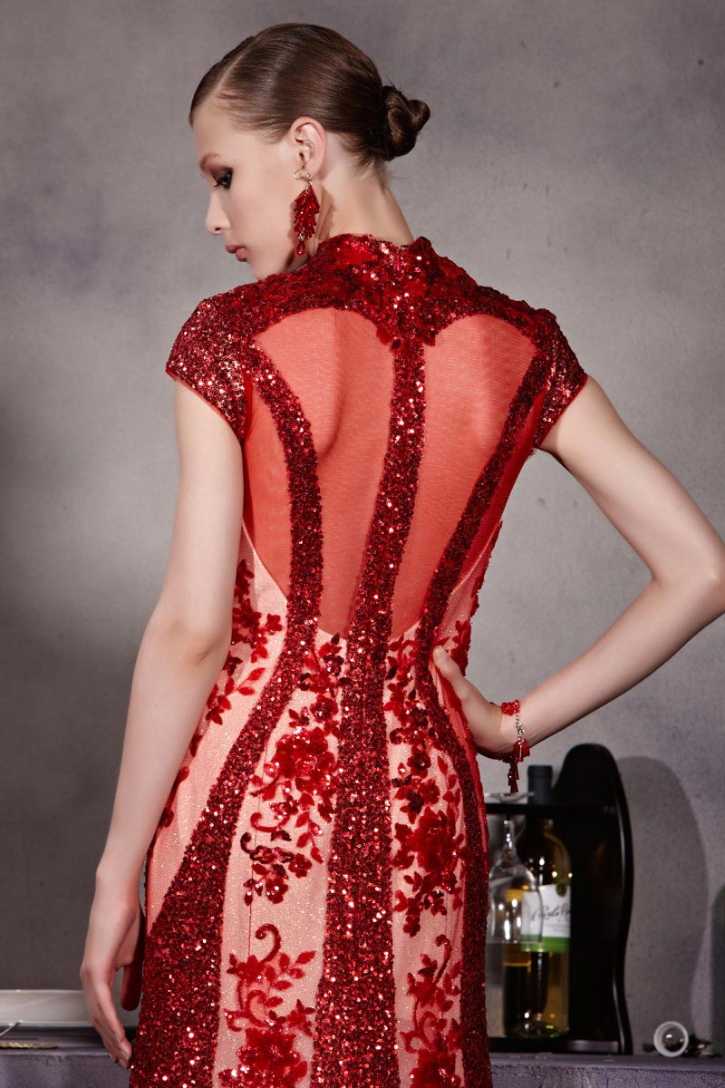 robe rouge sexy avec dos transparent