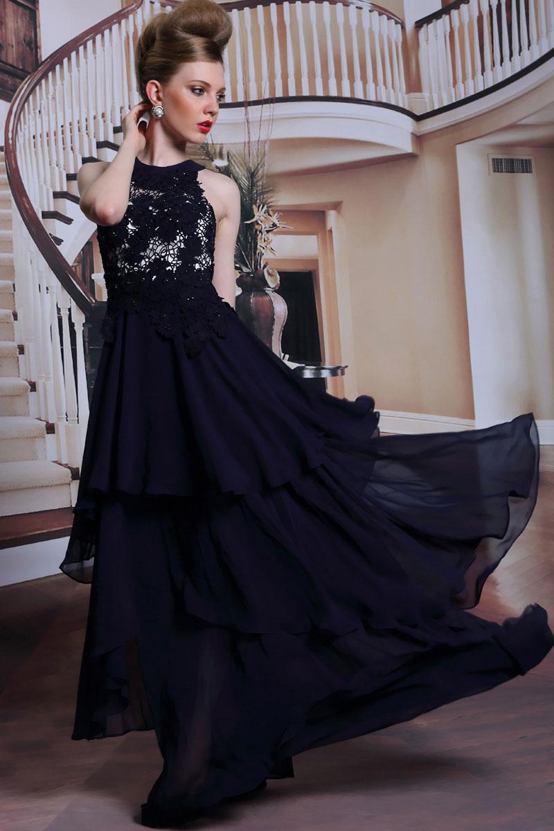 robe longue chic en couleur bleu nuit. Black Bedroom Furniture Sets. Home Design Ideas