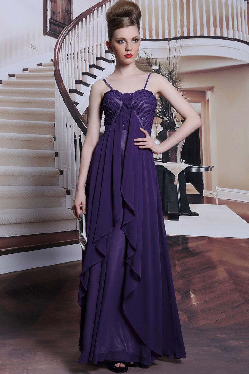 Robe violette de soirée avec bretelle fine