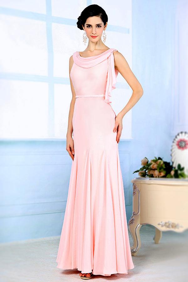 robe soirée rose coupe fourreau à col bénitier