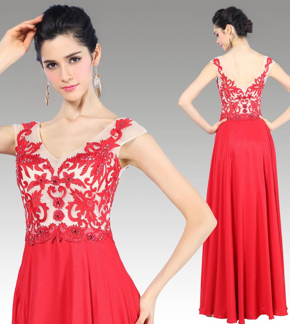 Robe de gala rouge décolleté V à mancheron en broderie florale