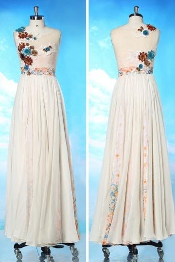 Chic robe longue imprimée avec application de fleurs