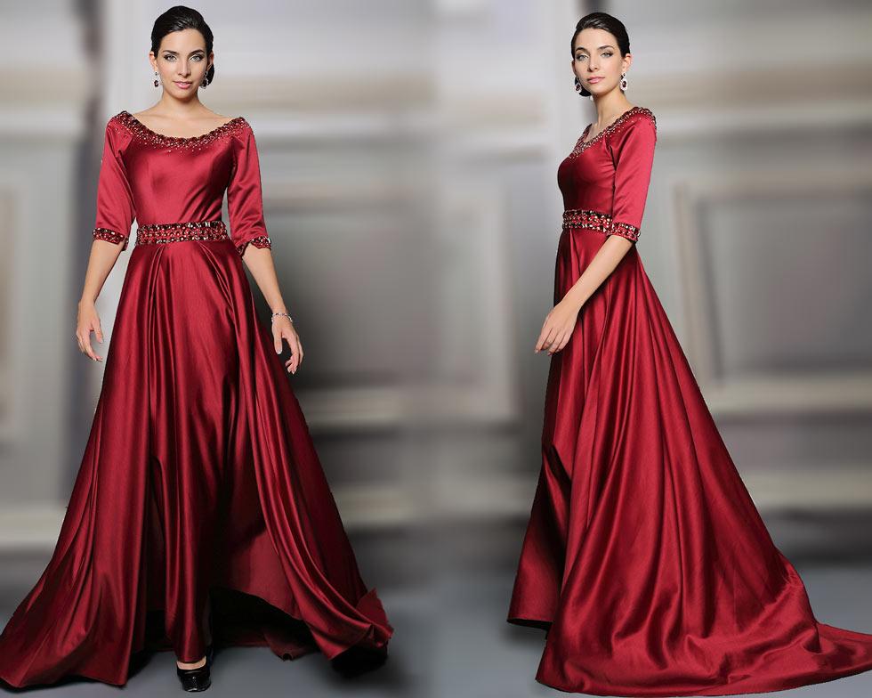 robe pour mariage rouge avec des bijoux à l'encolure