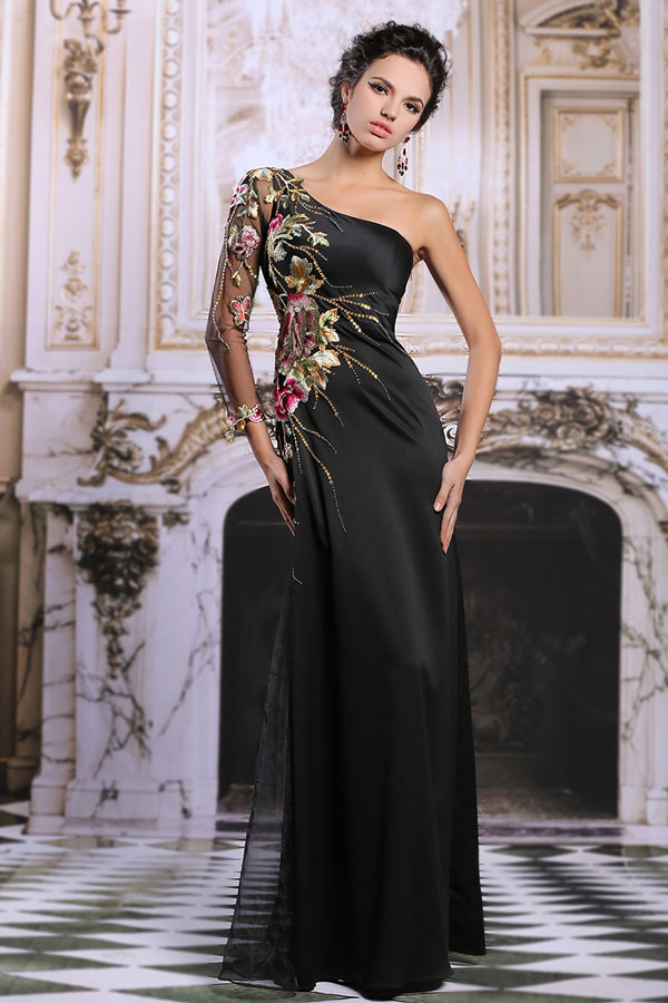 vraiment à l'aise en ligne large choix de designs Robe de cérémonie noire asymétrique à haut brodé de fleurs ...