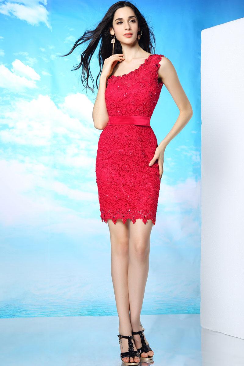 Robe cocktail de mariage ceinturée asymétrique en dentelle rouge