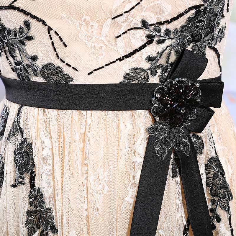 robe d'anniversaire champagne appliqué de dentelle & fleurs & strass