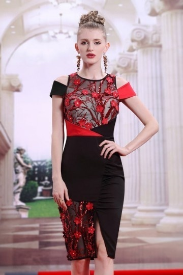 Robe de cocktail fourreau bloc couleur rouge & noir