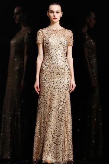 robe de soirée dorée en sequin avec manche courte