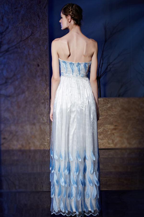 0897b81991b Robe soirée décolleté coeur empire bicolore blanc-bleu appliquée dentelle