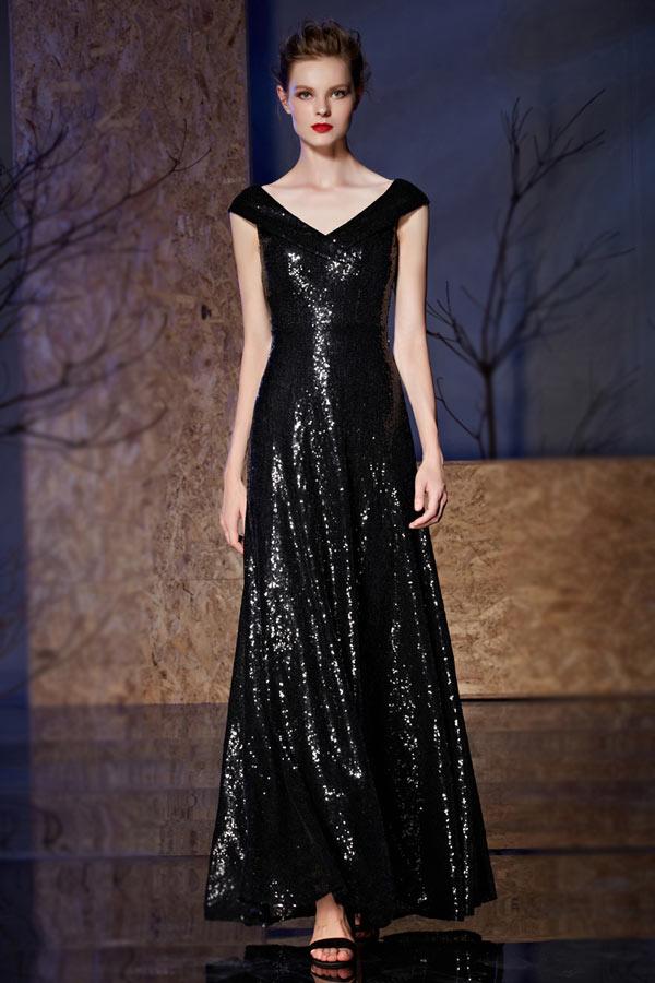 robe de soirée longue noire en paillettes col v avec manche courte