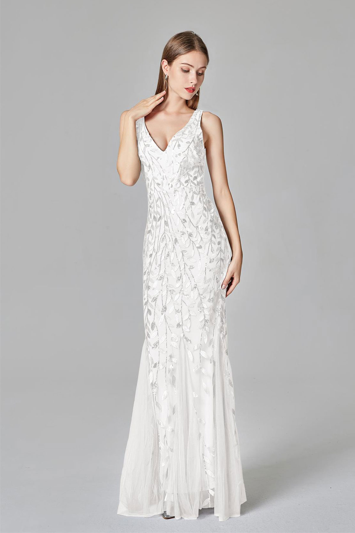 robe de soirée trompette blanche à motif feuilles de paillettes