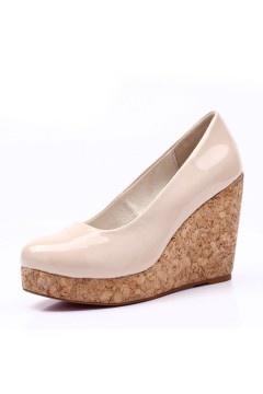 Chaussures nude à semelles compensées