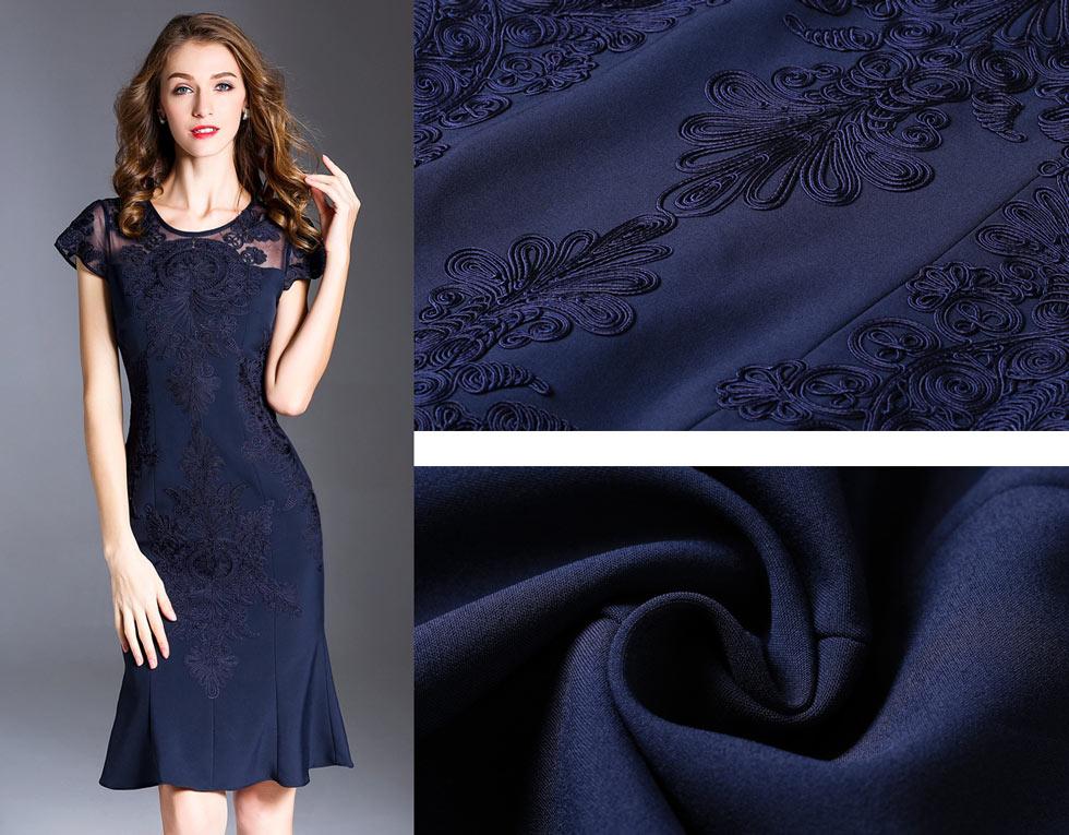 robe de soirée sirène bleu pour mariage avec broderies délicates