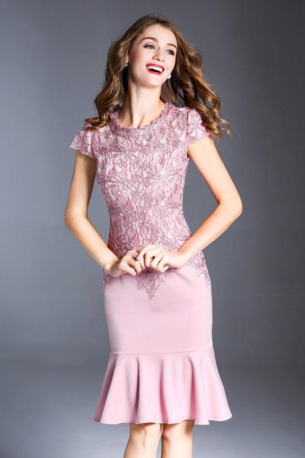 Robe soirée violette élégante style sirène à mancheron