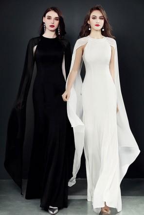 Robe soirée longue sirène blanche noire avec manches ouvertes en voilage
