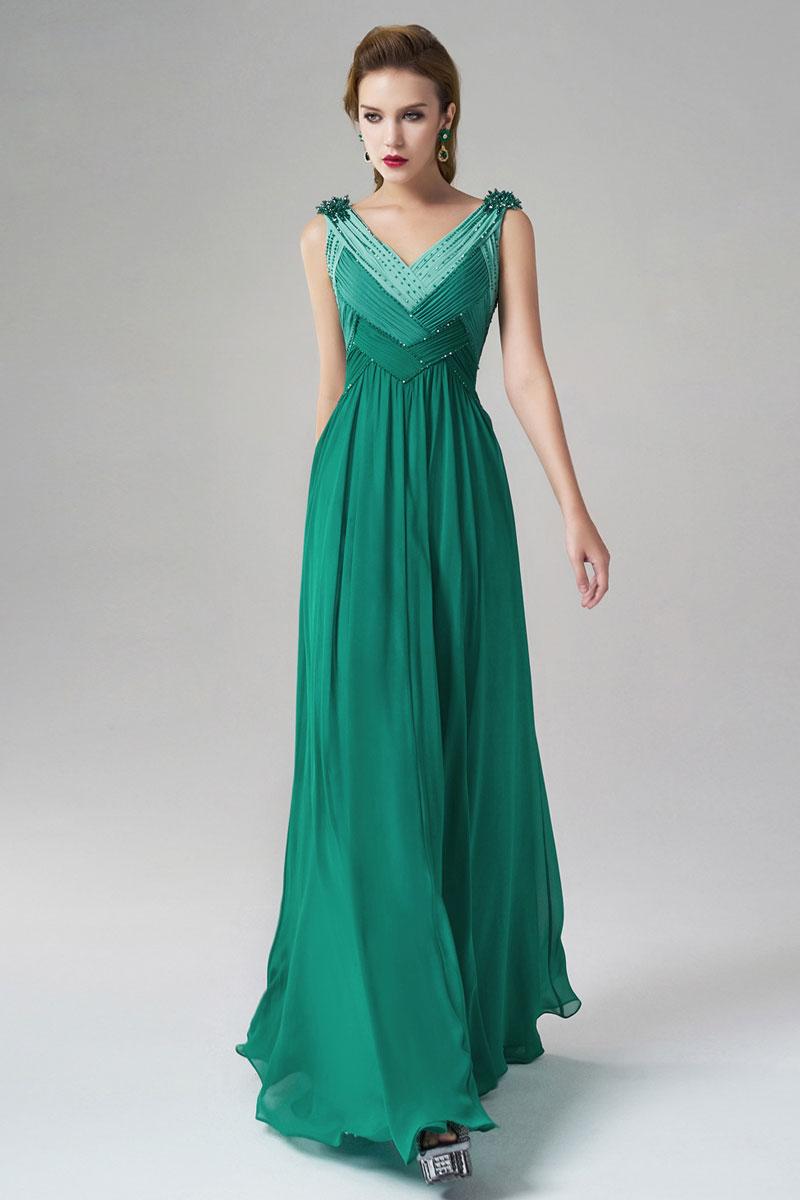 robe longue demoiselle d'honneur verte dégradé col V embellie de bijoux