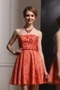 Petite robe rouge dentelle bustier perlé avec ceinture
