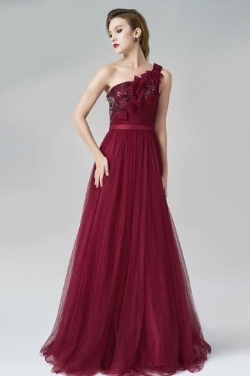 Robe longue de soirée vin rouge asymétrique ornée de paillettes & perles en tulle