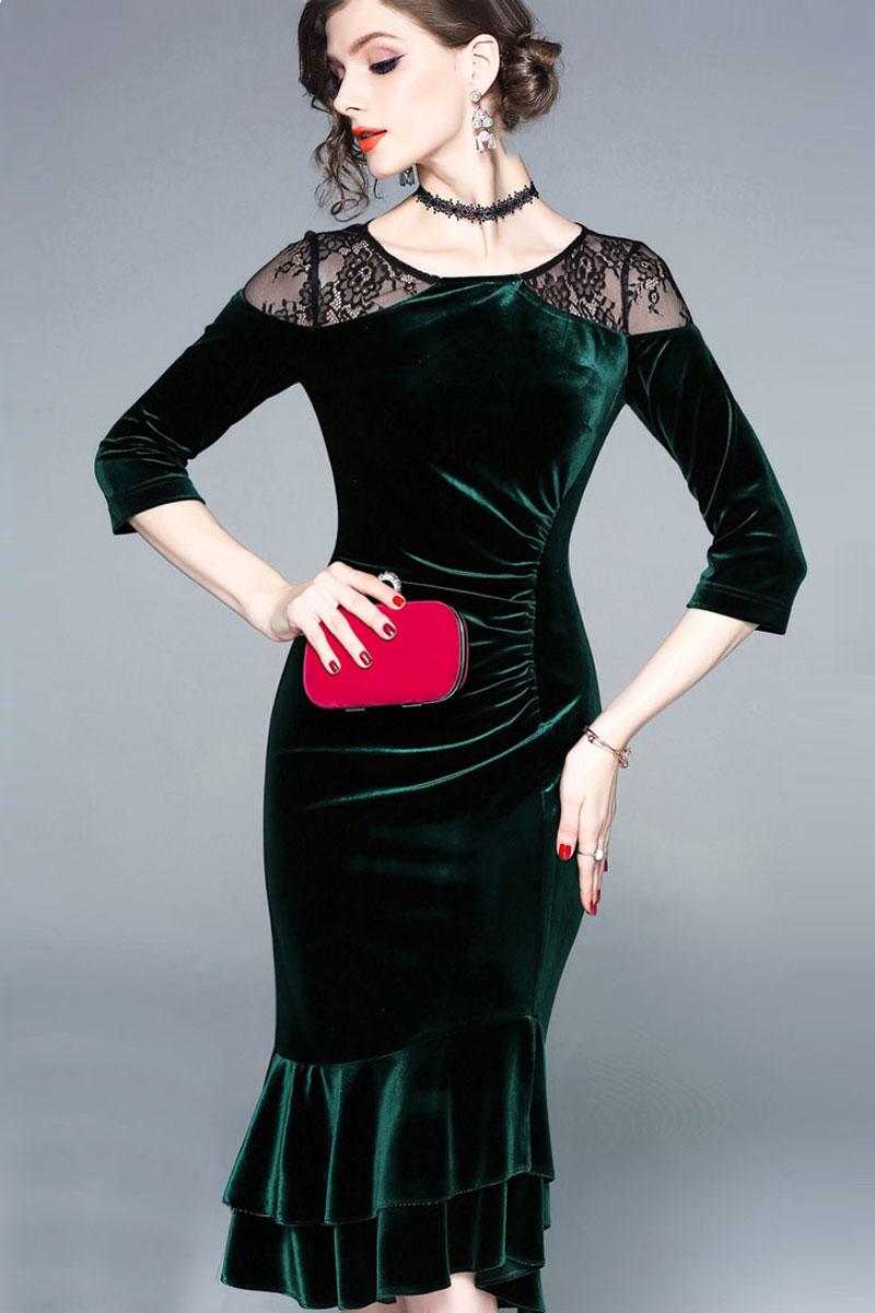 robe de cocktail vert foncé sirène en velours épaule embelli de dentelle noire avec manches mi-longue