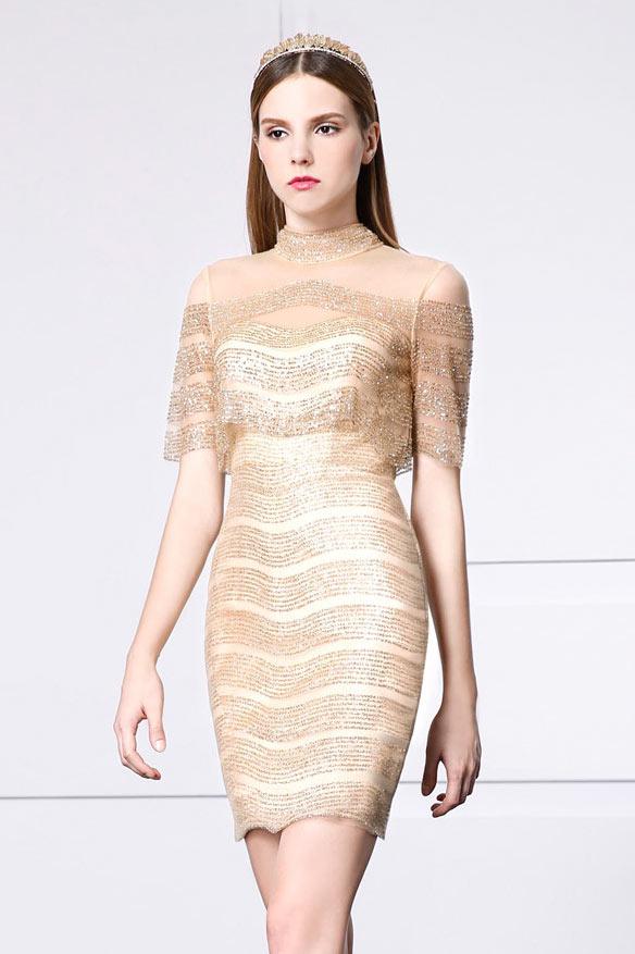 robe de bal moulante courte sexy col illusion haut manche courte embelli de strass
