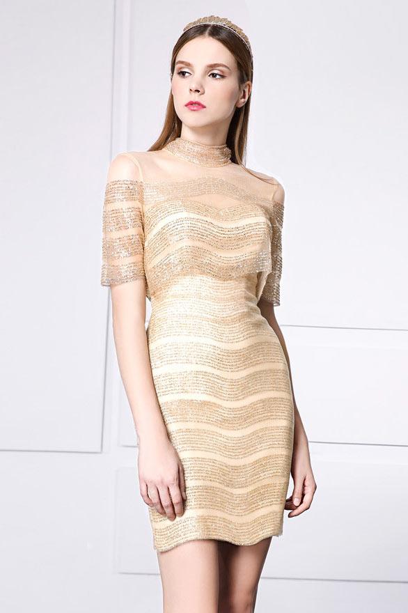 robe de soirée courte dorée féminine embelli de paillettes transparentes avec manches courtes
