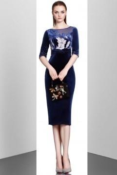 Robe chic bleu velours en motif à manche courte pour invitée mariage