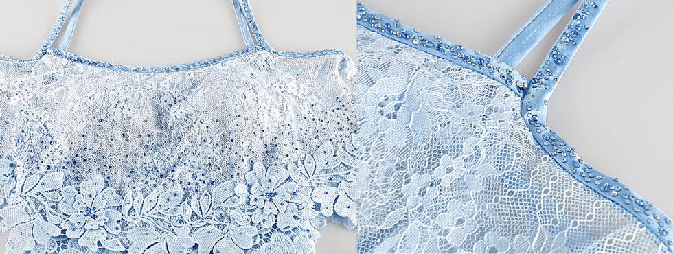 robe mi longue de soirée bleu clair en dentelle à fines bretelles