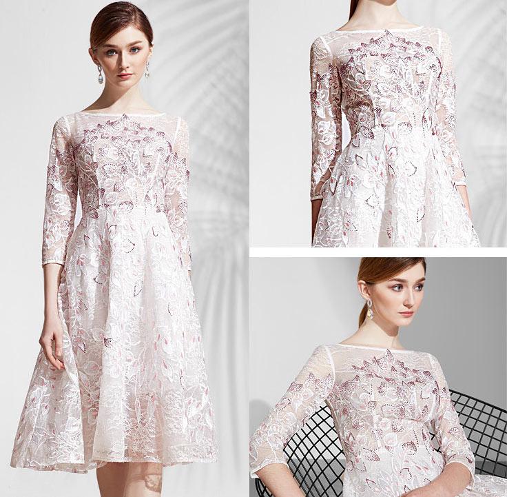robe dentelle romantique mi longue rose pale florale