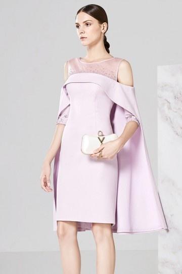 Robe chic rose courte avec cape à dos transparent pour fête