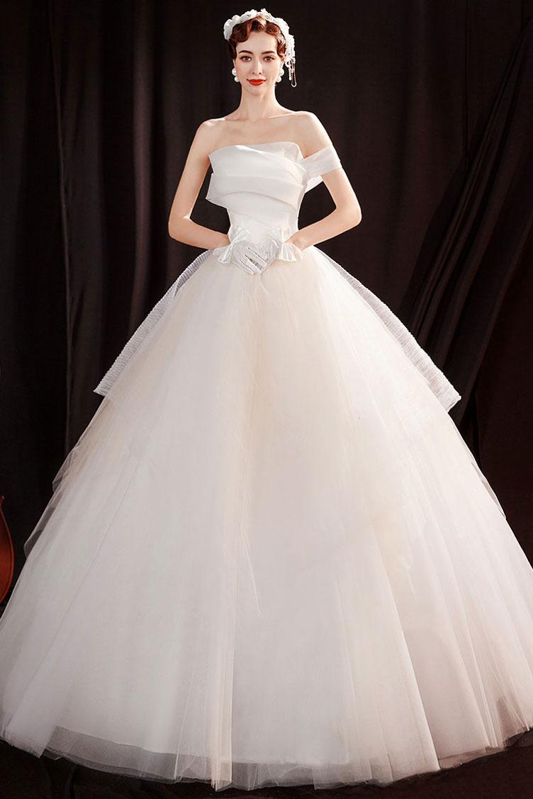 robe de mariée princesse bustier plissé épaule dénudée asymétrique