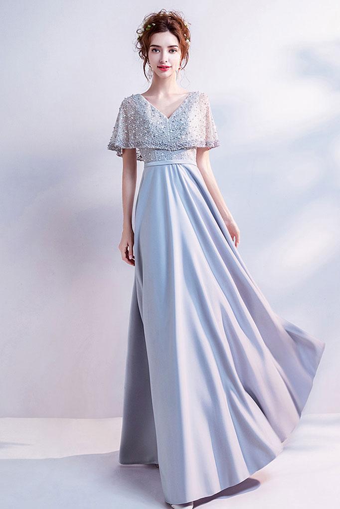 robe de soirée longue gris argenté encolure v avec manches cape embelli de strass