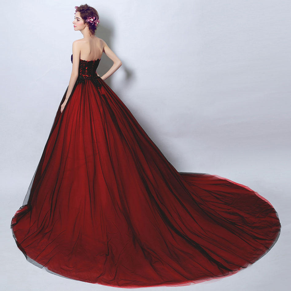 robe pour mariage rouge noire traîne chapelle