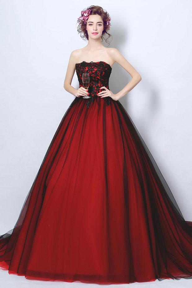 Robe pour soirée mariage rouge & noir bustier brodé de guipure avec traîne chapelle