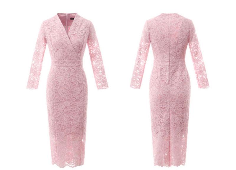 robe fourreau dentelle rose pour cocktail soirée