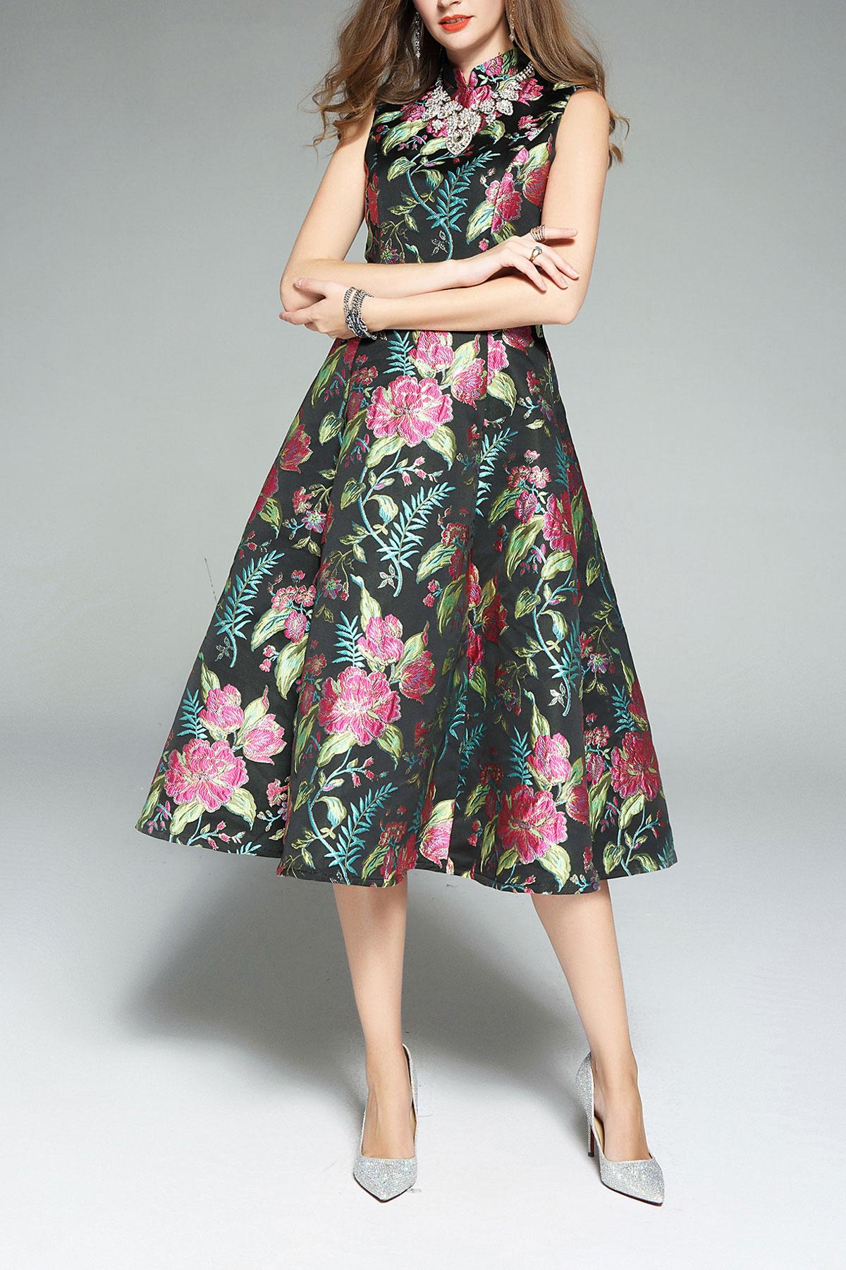 robe soirée noire midi à broderie fleurie col montant jupe évasée