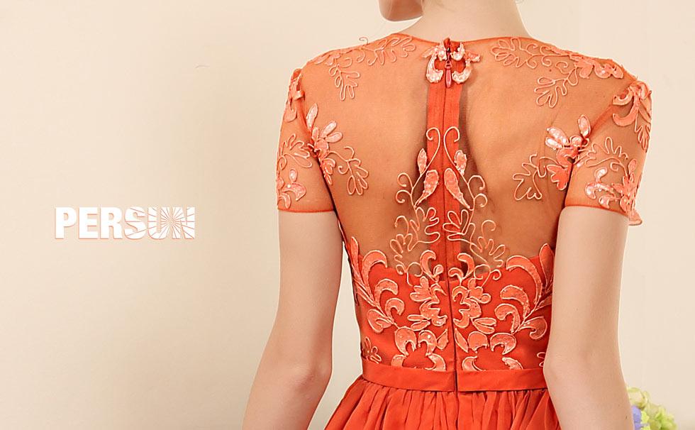 style robe orange dos nu à manche courte en broderie florale