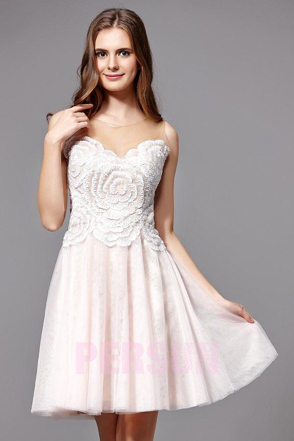 d00a5d06796 Robe de bal courte bicolore bustier brodé motif floral en tulle ...