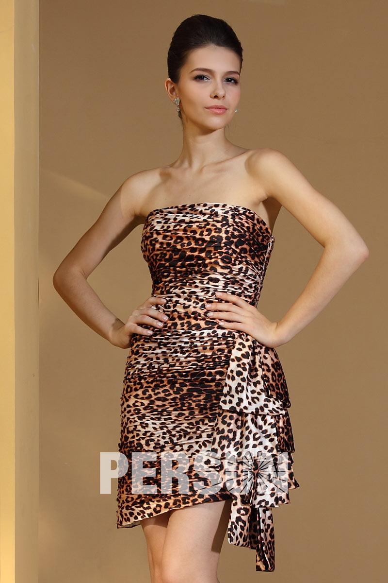 a56be1fc0b3 Robe de soirée courte léopard avec drapé latéral - Persun.fr