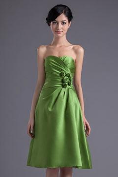 Verte robe demoiselle d'honneur bustier Ligne A ornée de fleur
